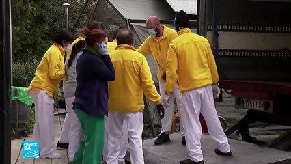 إسبانيا تستخدم الحافلات لنقل المصابين بكورونا