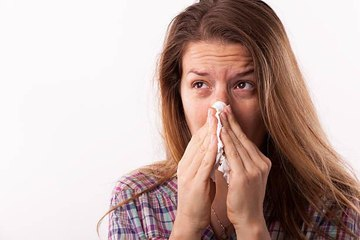 How to Tell the Difference Between Coronavirus Symptoms and Allergies