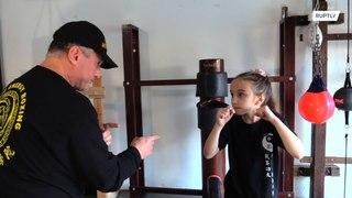 تعرفوا إلى أصغر لاعبة ملاكمة محترفة في العالم !!!