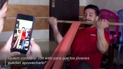 Fisiculturismo con muebles o entrenamiento a distancia en tiempos de coronavirus