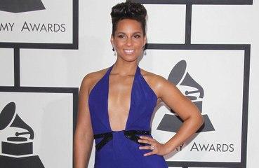 Alicia Keys: elle dévoile son numéro en ligne et reçoit des 'milliers' de SMS