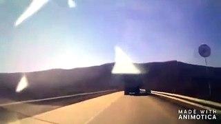 Très grosse frayeur pour cet automobiliste qui voit la route disparaitre
