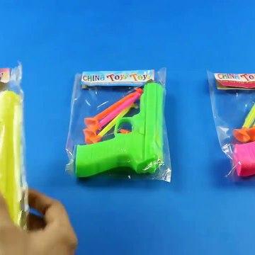 Kids Toy Videos US - Caja de juguetes con 3 pistolas de juguete de colores! Twinkle Twinkle Little Star canciones populares canción con Learn color