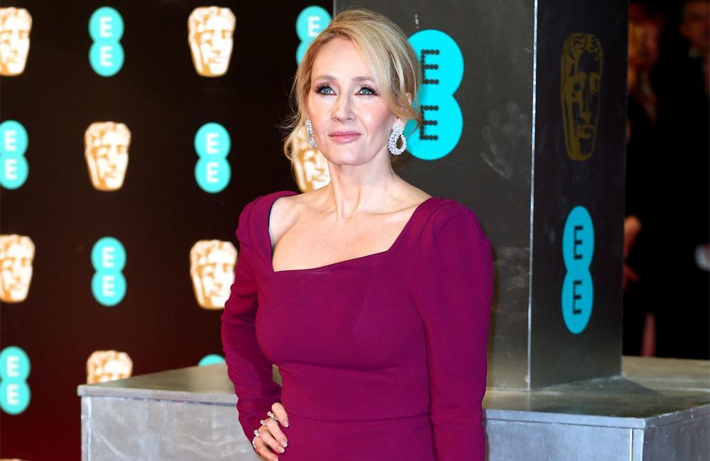 J.K. Rowling had coronavirus symptoms