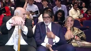Amitabh Bachchan TROLLED For His #9pm9Mins Candle LIGHT Post Fans Ask Him To Uninstall Whatsapp