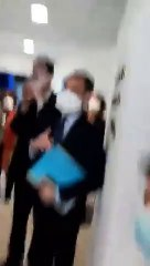Le président français rencontre à Marseille des chercheurs étrangers, dont des algériens, qui travaillent avec le professeur Raoult