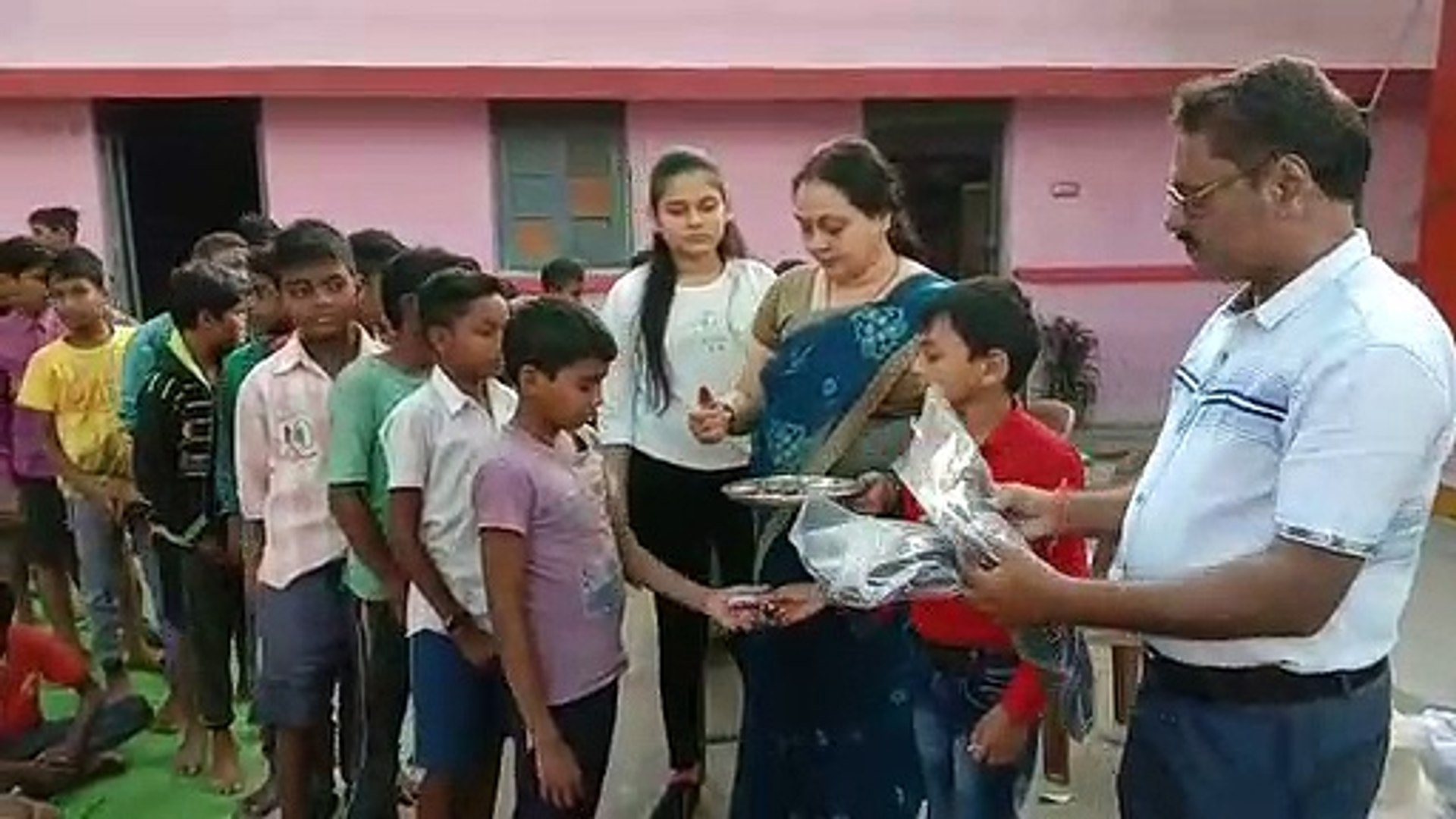 clothes distributed