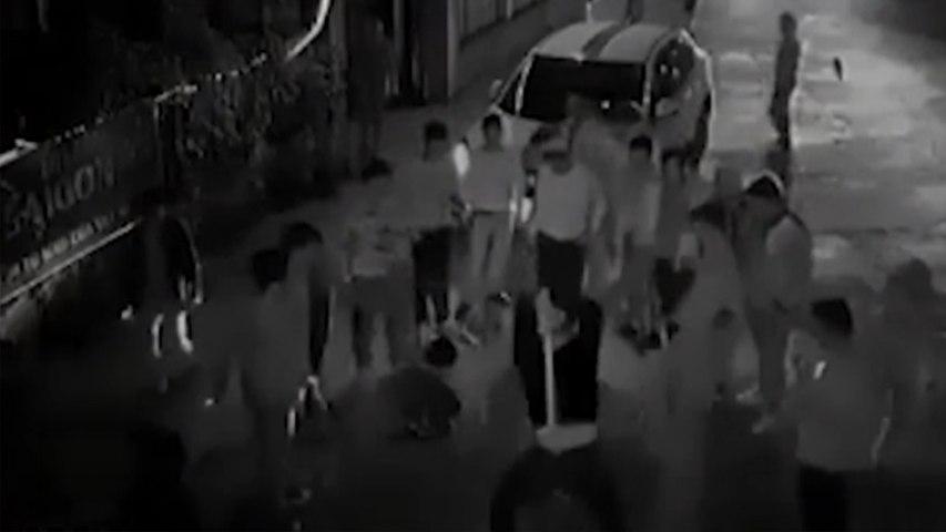 Clip đàn em Đường Nhuệ đánh người thành tật trong đêm