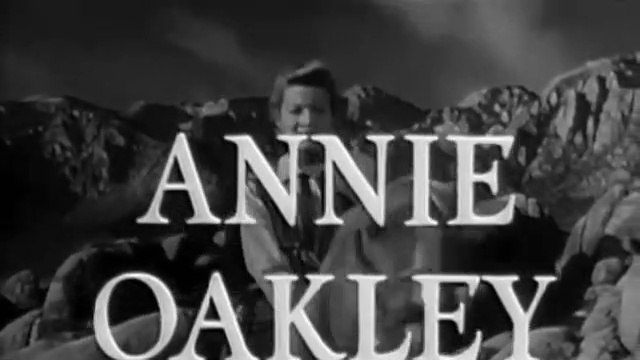 Annie Oakley Annie and the Brass Collar -- ComicWeb Classic TV