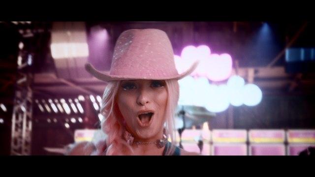 Dolly Style - Boom Boom Box