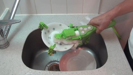 Clean your dishes in seconds