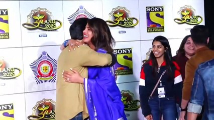 Priyanka Chopra IGNORES Designer Manish Malhotra At UMANG 2020 Awards With Anil Kapoor Throwback