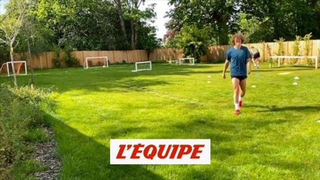 David Luiz toujours aussi adroit dupied gauche - Foot - WTF