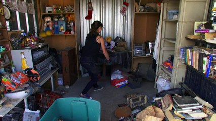 Storage Wars: Battle for the Best Locker: Ivy vs. Mary   A&E