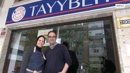 Casal de refugiados sírios oferecem refeições para equipe de saúde de Lisboa que combatem o COVID-19