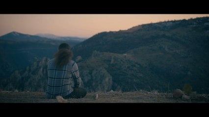 Ferat Üngür - İki Günlük Dünya