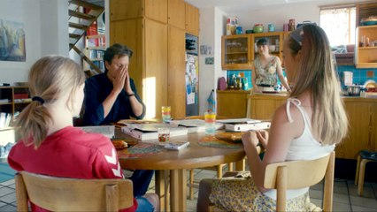 A PERFECTLY NORMAL FAMILY Film