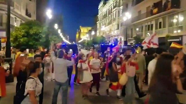 Segundo día de protestas en Sevilla- hora y media de ¡Sánchez dimisión! por las calles de la ciudad