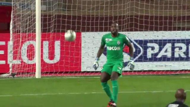 L'énorme boulette de Ndy Assembé en 1/2 finale de Coupe de la Ligue 2017 face à Monaco