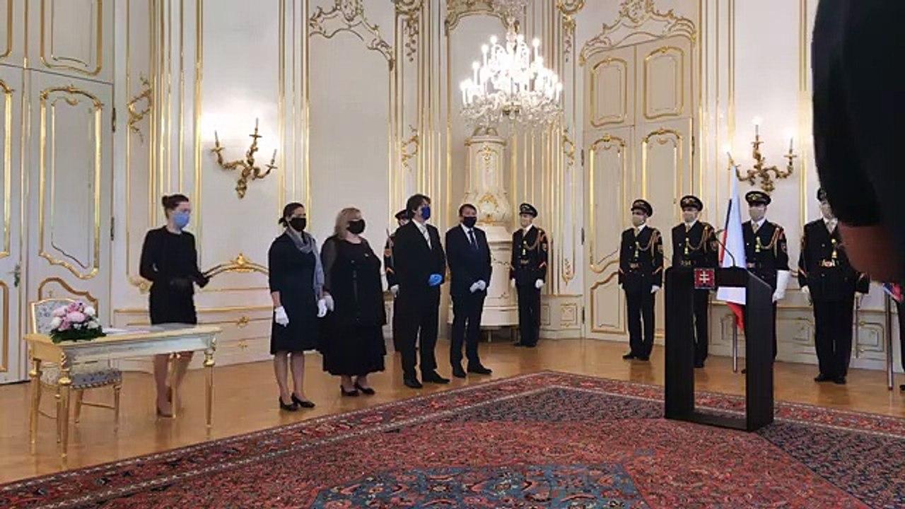 ZÁZNAM: Prezidentka Z. Čaputová vymenovala J. Šikutu za predsedu Najvyššieho súdu SR