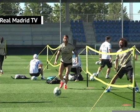 La Liga - Les joueurs du Real Madrid font le show à l'entraînement