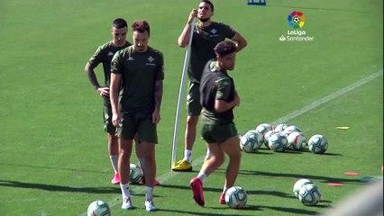 Joaquín y Carvalho, al margen en un día con mucho balón
