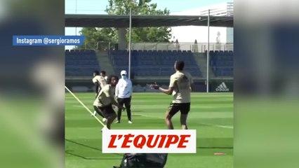 Le beau retourné de Sergio Ramos à l'entraînement - Foot - WTF