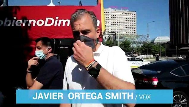 Ortega Smith acude a la manifestación de Vox en Castellana