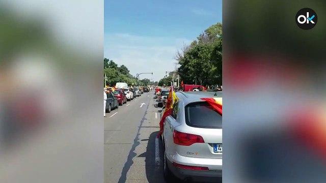 Caravana convocada por Vox en Valencia y en León