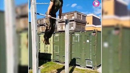Ce jeune militaire américain va vous surprendre avec son programme d'entraînement.