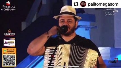 os pés dAos Padre Cícero, cantor Fábio Carneirinho se emociona com números de arrecadações em live