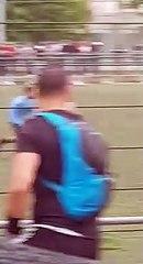 Match de foot sauvage à Bron