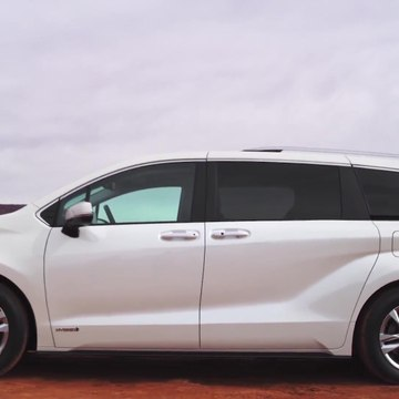 2021 Toyota Sienna Limited Preview