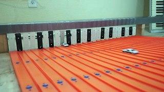 Ce Xylophone joue la musique avec des petites voitures !