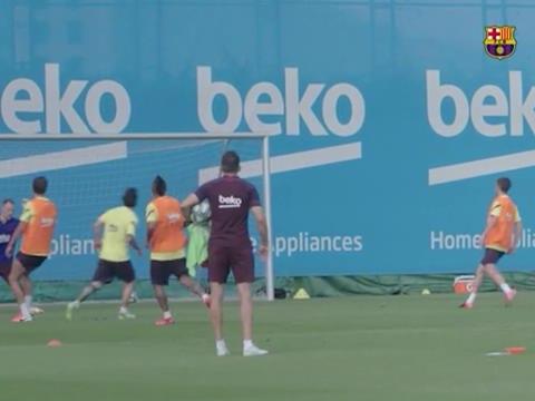 Barcelone - Le message de Messi avant la reprise : face au but, c'est toujours aussi chirurgical !