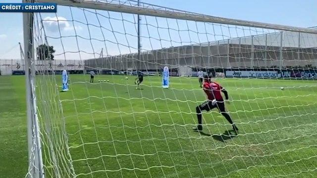 Cristiano Ronaldo déjà en très grande forme à l'entraînement avec la Juve