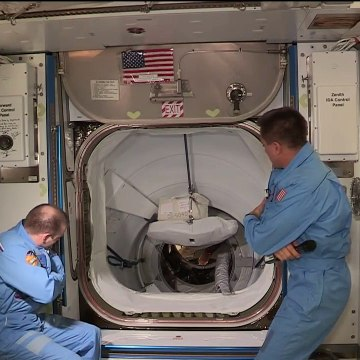SpaceX DM-2 Hatch Open -  May 31, 2020 ON AMAZING NASA VIDEO