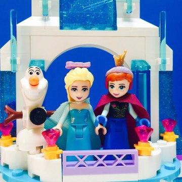 Disney Frozen Olaf, Anna and Elsa LEGO Castle