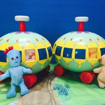 In The Night Garden Spin and See Toys