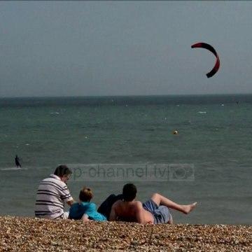 Top News - Ekspertët paralajmërojnë: Britania do bëhet më e nxehtë se Maroku!