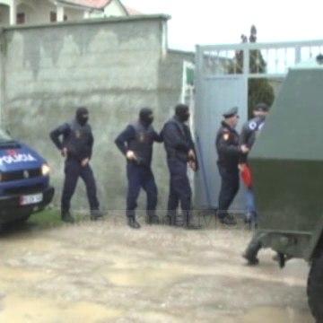 Top News - OFL, 4  formularë në Berat/ Prostitucion, drogë dhe gjobëvënie