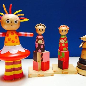 Wooden Stacking Upsy Daisy Makka Pakka and Tomliboos Toys In the Night Garden