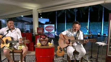 Bruno & Marrone - Vai Dar Namoro / Quer Casar Comigo