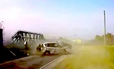 VÍDEO: ¡Menudo accidente! Primero le atiza una furgoneta y después le arrolla un camión