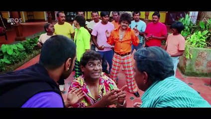Johnny Lever Funny - Part 1 - Golmaal 3 - Ajay Devgn, Kareena Kapoor, Kunal Khemu
