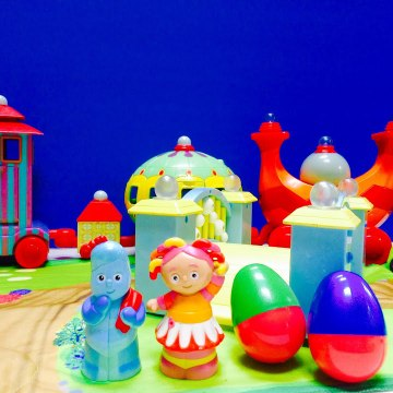 In The Night Garden Surprise Easter Egg Iggle Piggle and Upsy Daisy