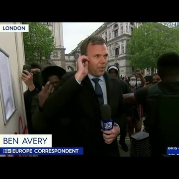 Australian journalist accosted on air by London protesters