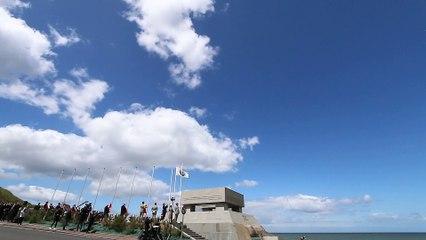76e anniversaire du Débarquement. Survols de la Patrouille de France à Vierville-sur-Mer