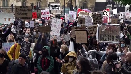 'The UK is not innocent': thousands protest against racism in London – video