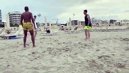 Fenerbahçe ve Galatasaray'ın gündemindeki Mert Müldür'den paylaşım!